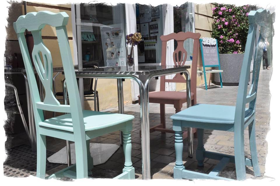 Fotos de muebles pintados con chalk paint tienda online for Muebles provenzales online