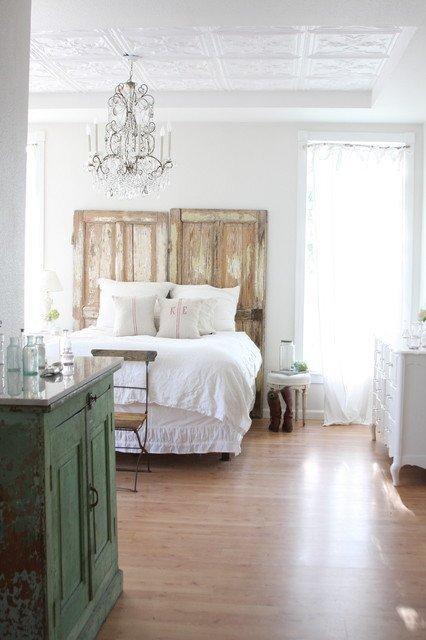 Reciclar muebles decorar con puertas o ventanas for Ideas para reciclar puertas