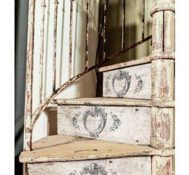 Escaleras con sello IOD