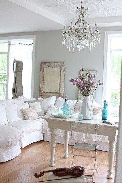 reciclar muebles decorar con puertas o ventanas. Black Bedroom Furniture Sets. Home Design Ideas
